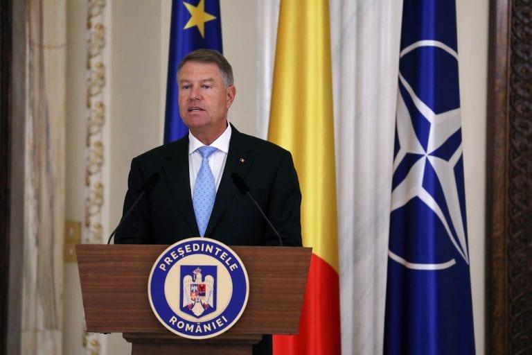 Klaus Iohannis face un apel către români