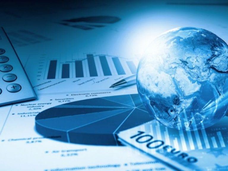 Economia României s-a contractat cu 12,3% în trimestrul doi